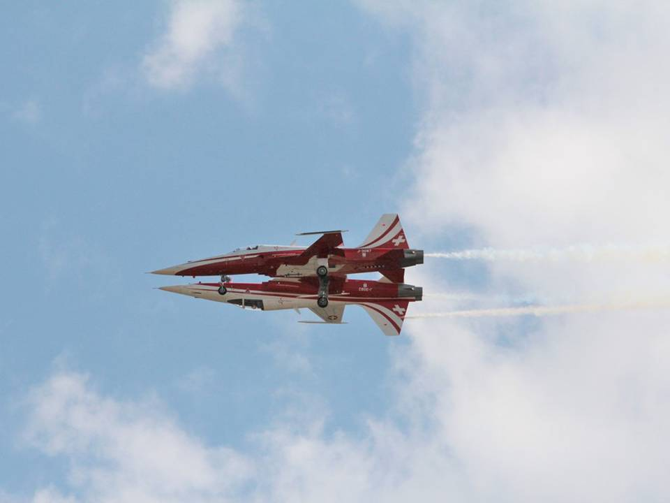 "Breitling Air Show Sion 2017 1 : Patrouille Suisse ""Mirror"""
