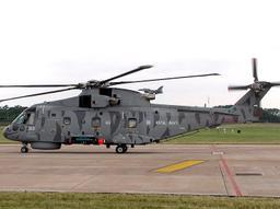 مروحية AW101s من ضمن 80 مروحية سبق وتعاقدت عليها الجزائر  Merlin_HM.1
