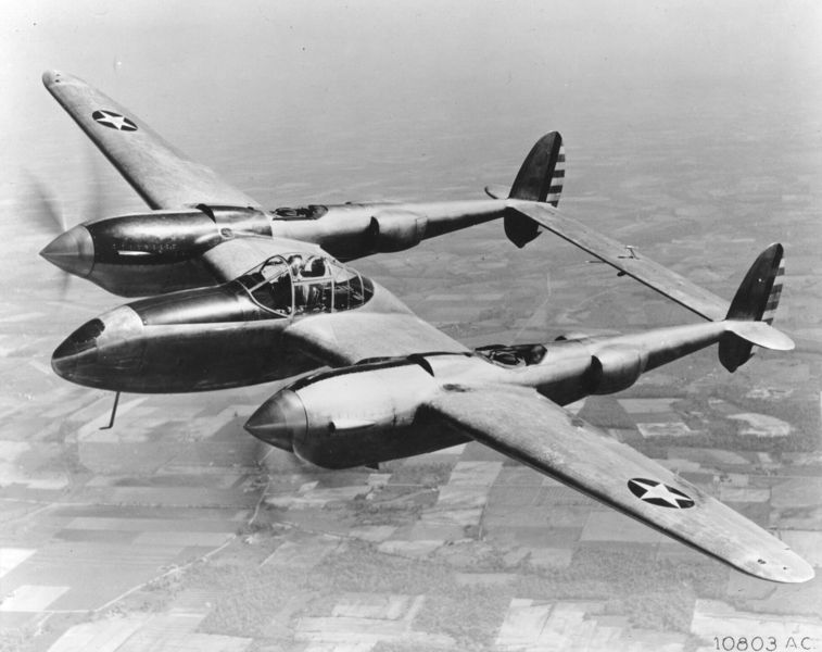 Lockheed YP-38 Lightning en vol