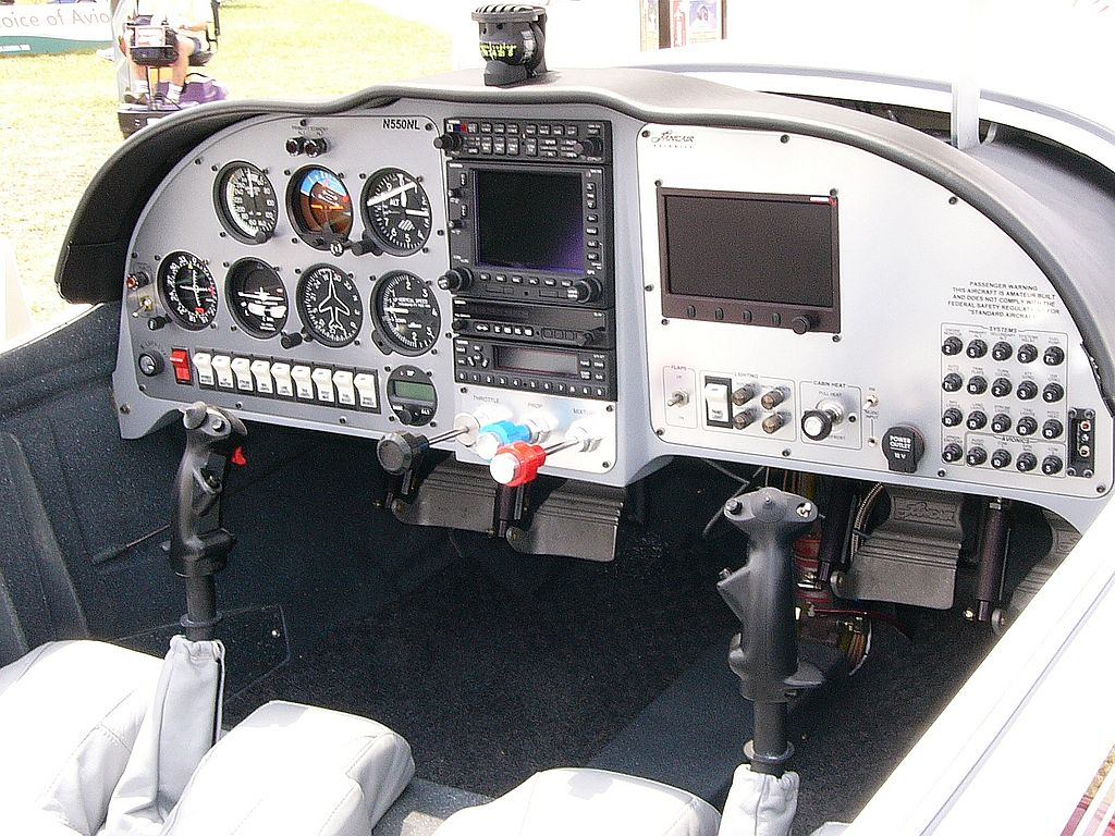 Lancair Legacy FG - Cockpit