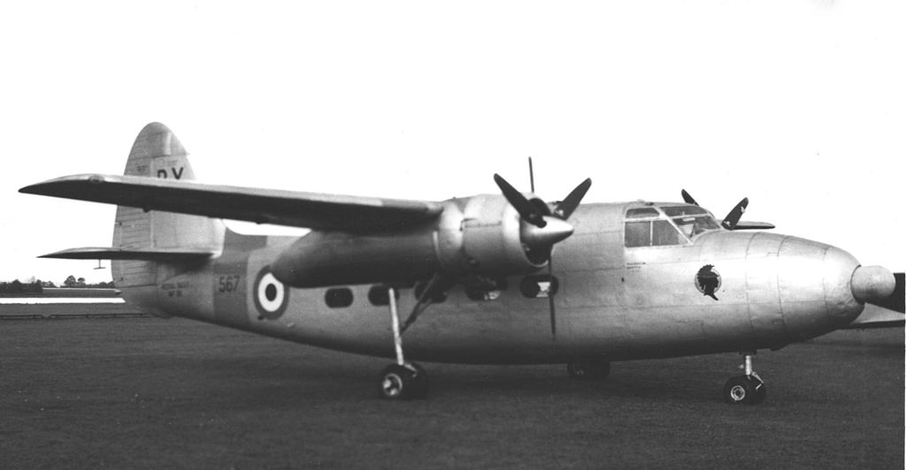 Percival P.50 Sea Prince T.1 de la Royal Navy