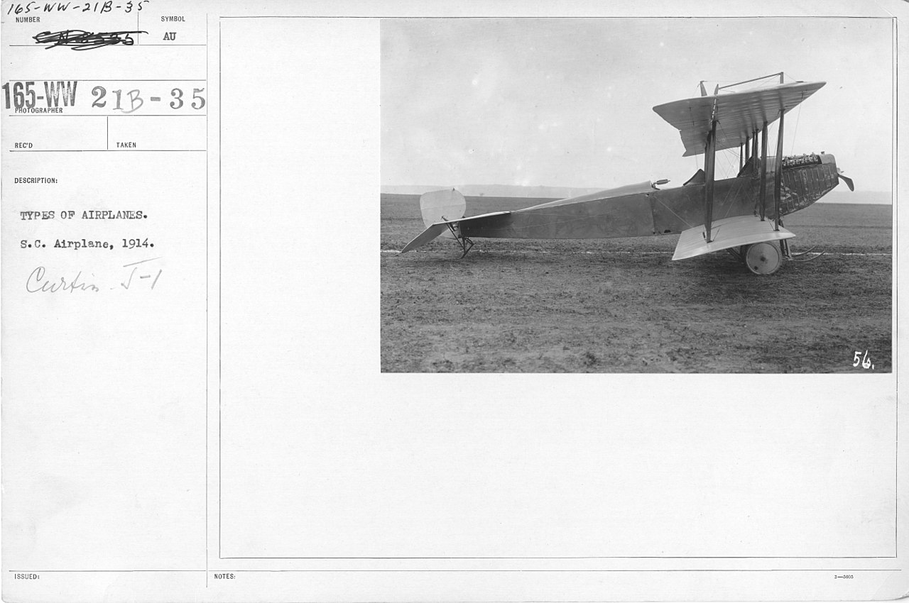 Curtiss Model J vu de profil