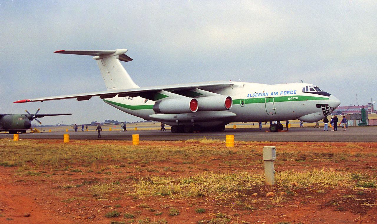 Iliouchine il 76 otan candid for Air algerie vol interieur