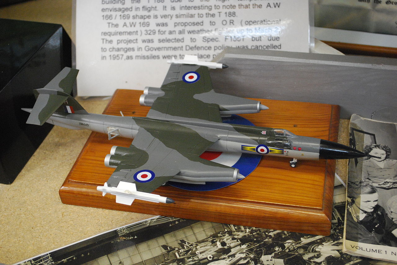 Armstrong Whitworth AW.169 - Maquette