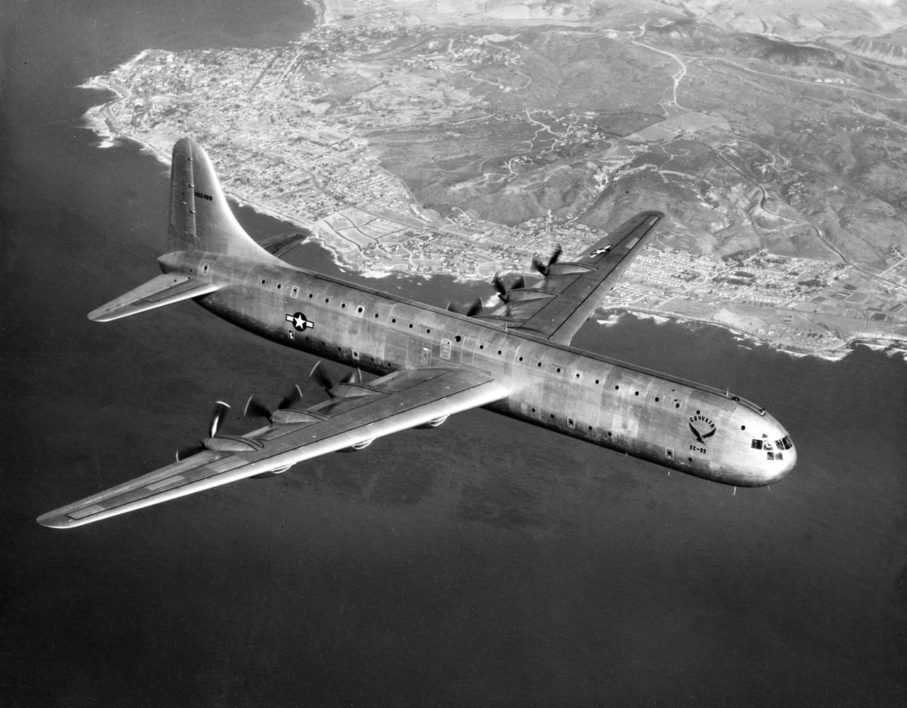 Convair XC-99 en vol