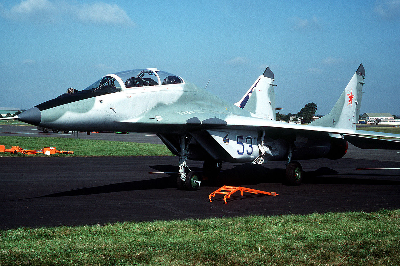 Mikoyan-Gourevitch MiG-29UB - Prototype n°3 à Farnborough