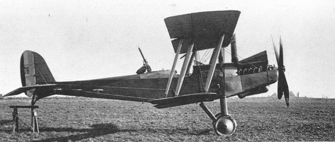 Royal Aircraft Factory RE.8 vu de profil