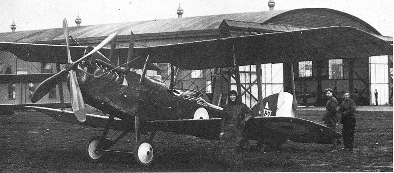 Royal Aircraft Factory RE.8 vu de l'avant