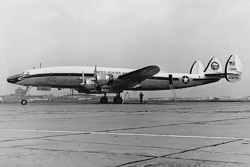 Lockheed C-121J Super Constellation de l'US Navy
