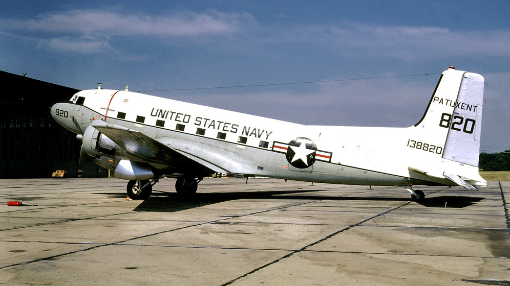 Douglas C-117D Super Dakota (DC-3S) de l'US Navy