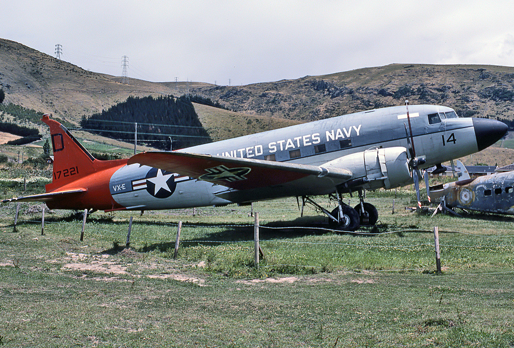 Douglas LC-47H Dakota de l'US Navy