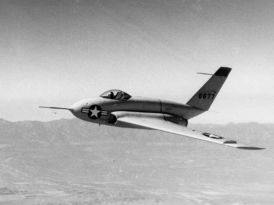 Northrop X-4 Bantam en vol