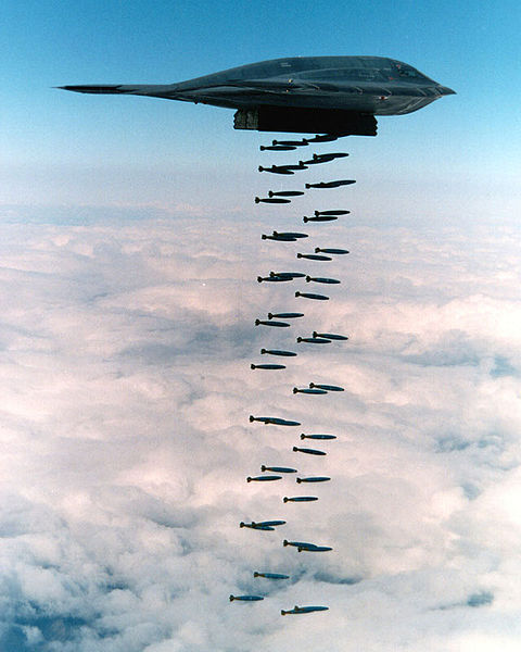 http://www.aviationsmilitaires.net/pictures/pictures/480px-B-2_spirit_bombing.jpg