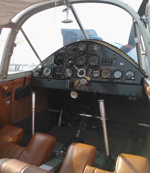 Messerschmitt bf 108 taifun for Interieur 108