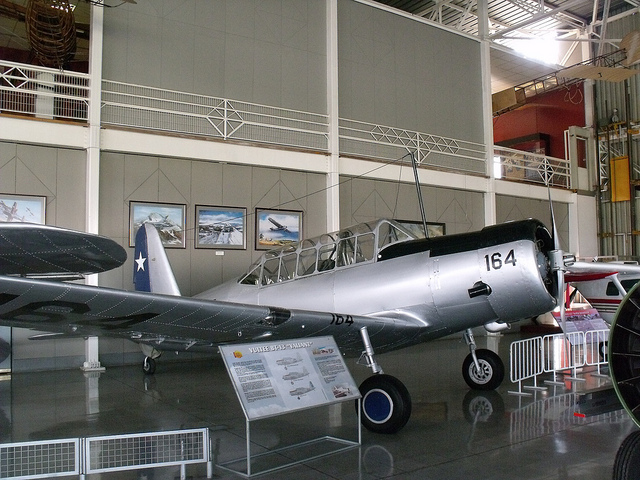 Vultee BT-13 Valiant chilien exposé