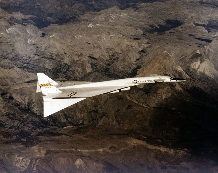 North American XB-70A Valkyrie en vol