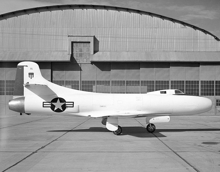 Douglas D-558-1 Skystreak de profil