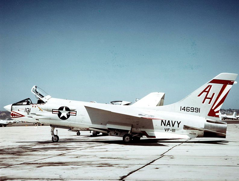 Vought F-8 Crusader (F-8C) de l'US Navy