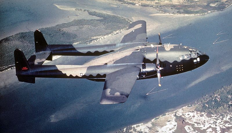 Fairchild AC-119G Shadow de l'USAF en vol