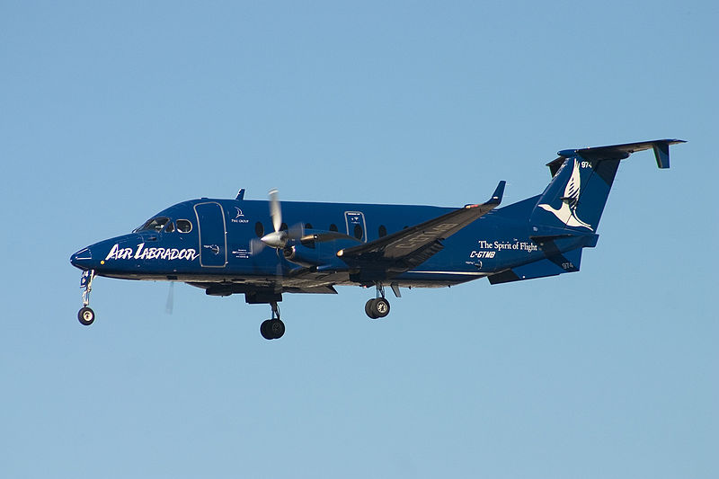 Beech 1900D civil en vol train sorti
