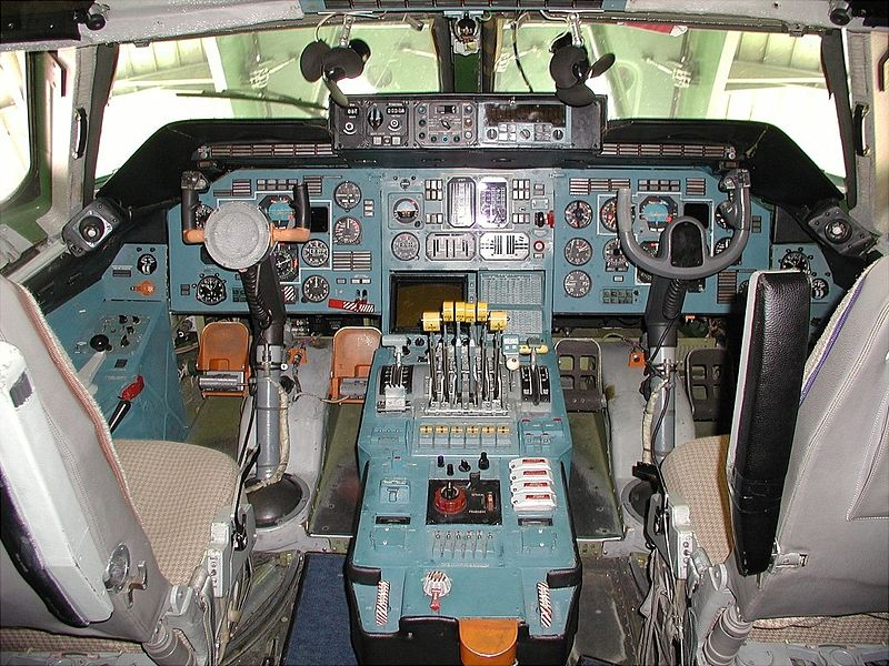 Antonov An-225 Cossack - Cockpit
