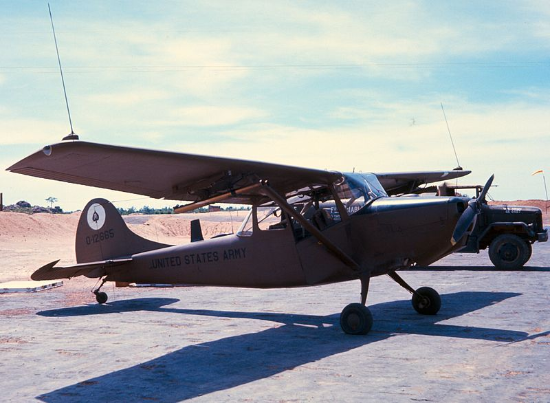 Cessna O-1 Bird Dog de l'US Army