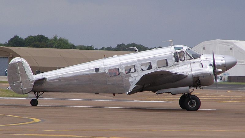 Beech 18 (G18S) civil
