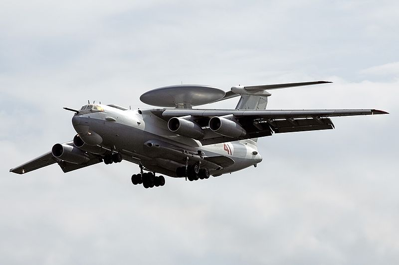 Beriev A-50 Mainstay russe en vol train sorti