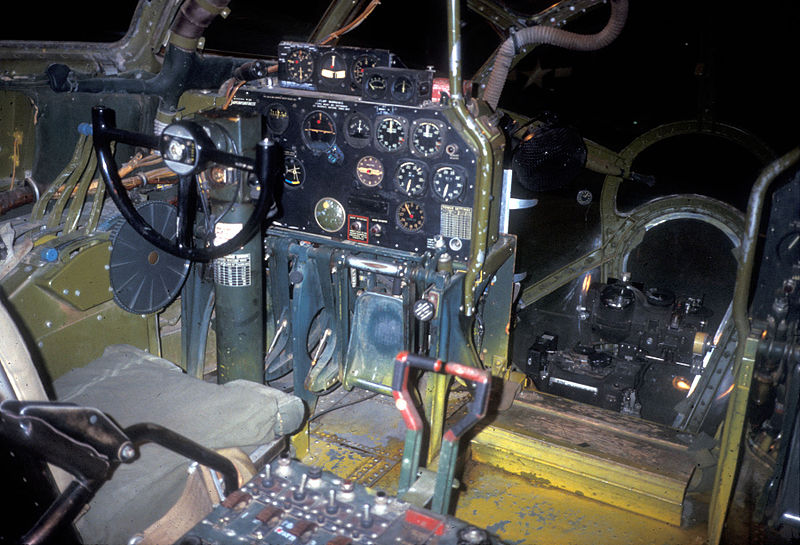 Boeing B-29 Superfortress - Cockpit