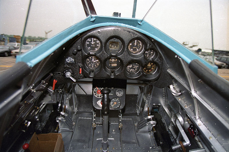 Boeing P-26A Peashooter - Cockpit