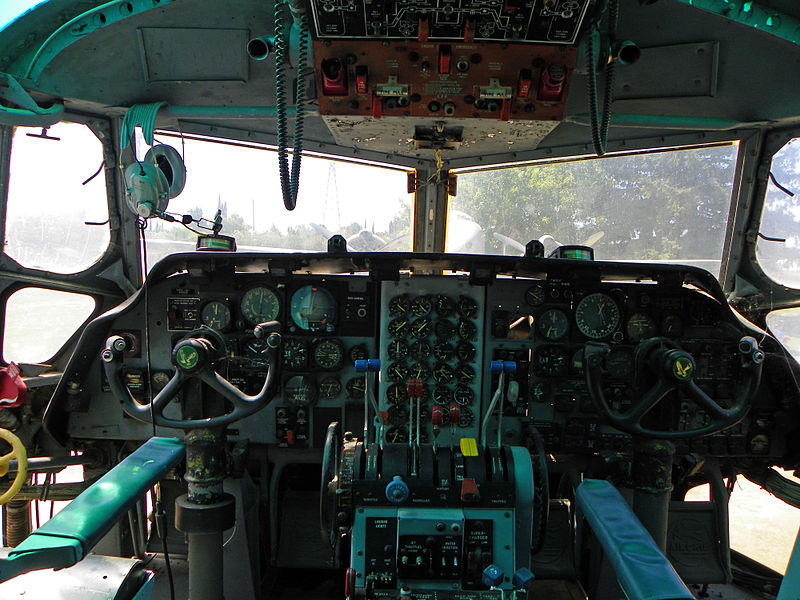 Fairchild C-123K Provider - Cockpit
