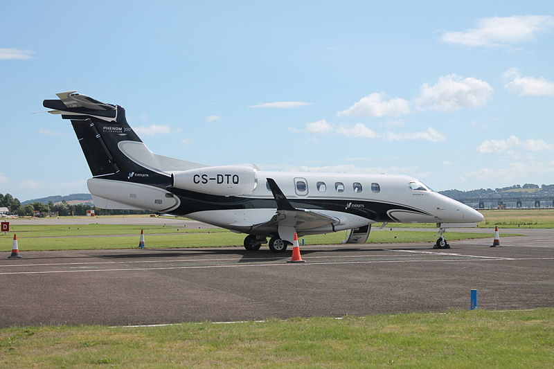 Embraer EMB-505 Phenom 300 civil