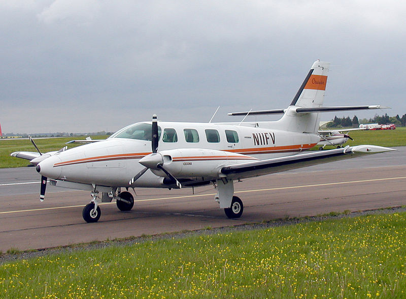 Cessna 303 Crusader civil au sol