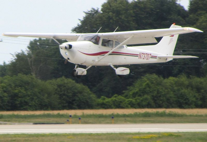 Cessna 172N civil