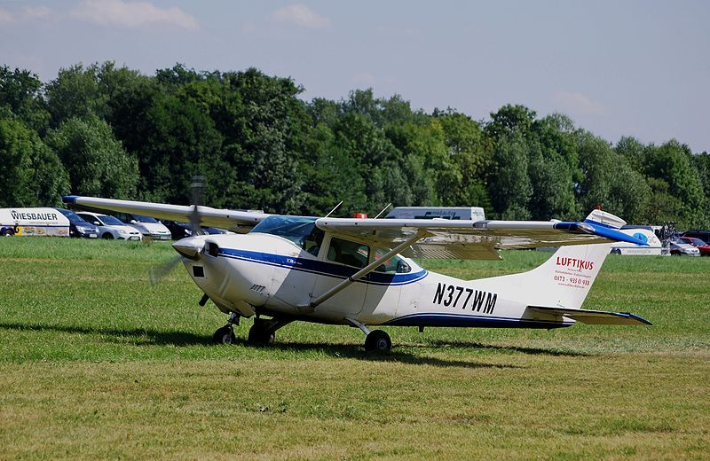 Cessna 182N Skylane civil