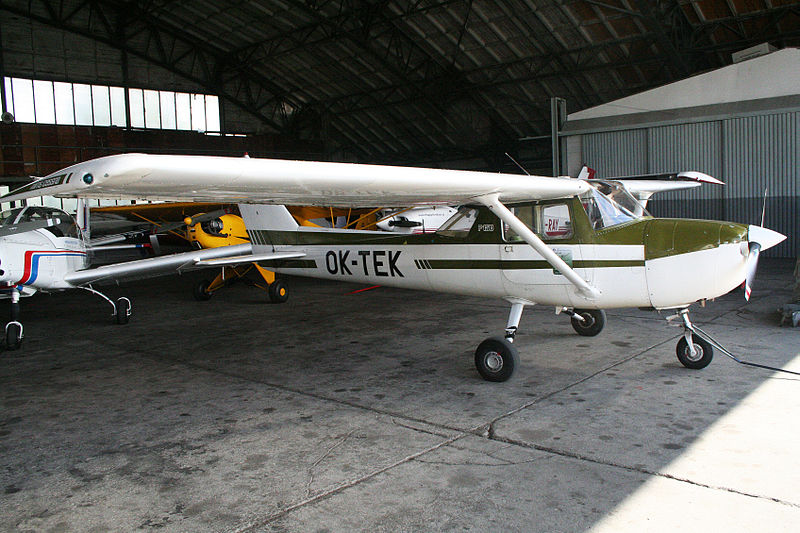 Cessna 150 (F150M) civil