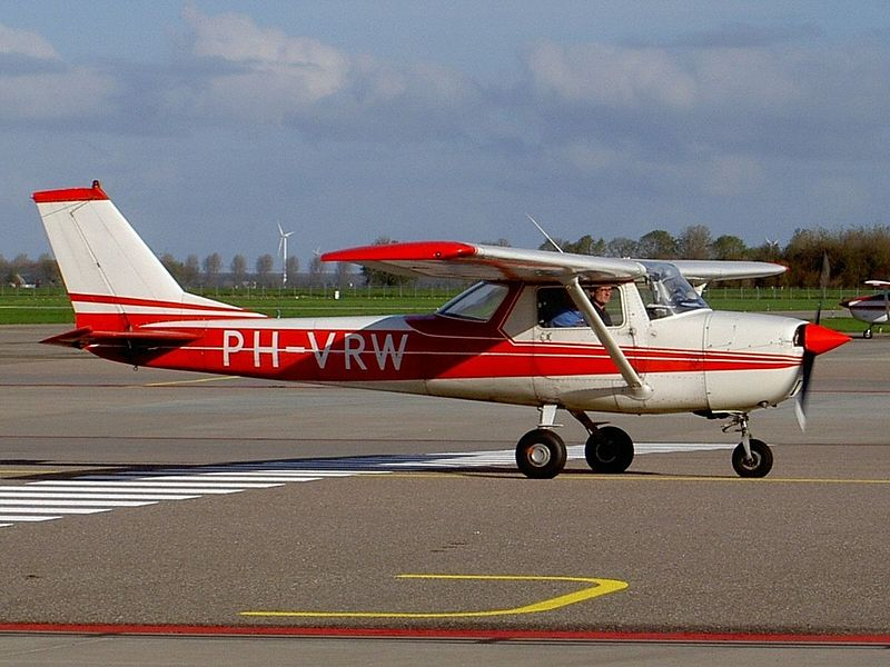 Cessna 150 (F150K) civil