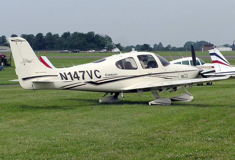 Cirrus SR22 civil
