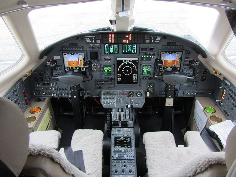 Cessna 560XL Citation Excel - Cockpit