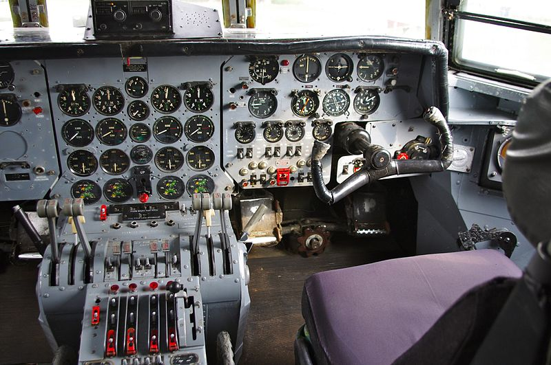Armstrong Whithworth Argosy - Cockpit
