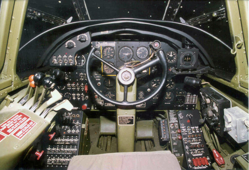 Douglas A-20G Boston - Cockpit