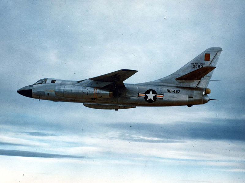 Douglas B-66B Destroyer de l'USAF en vol