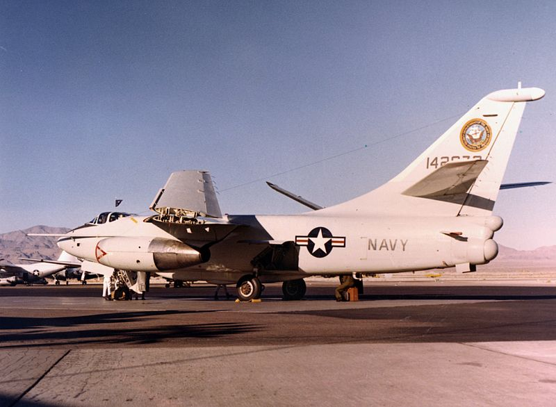 Douglas VA-3B Skywarrior de l'US Navy au sol