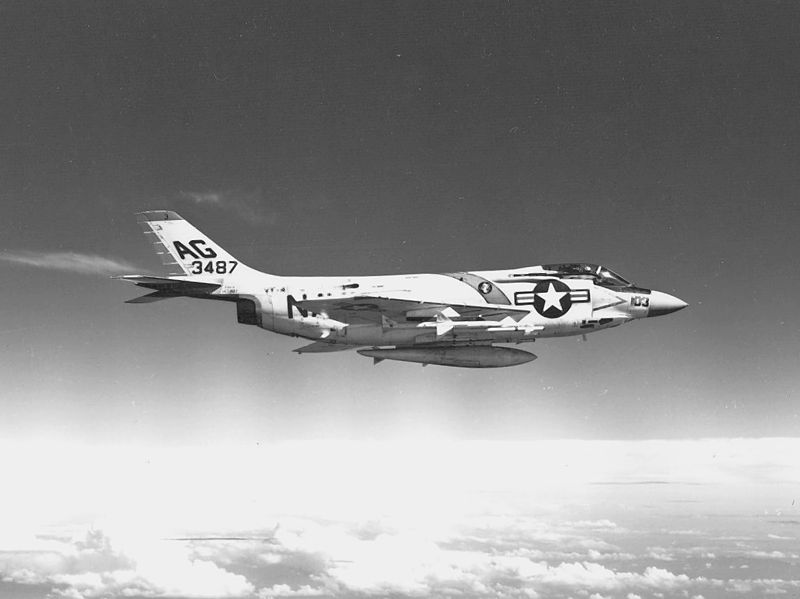McDonnell F-3 Demon (F3H-2) de l'US Navy en vol