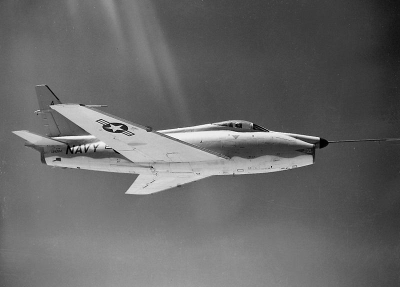North American F-1 Fury (FJ-4F) en vol - Prototype