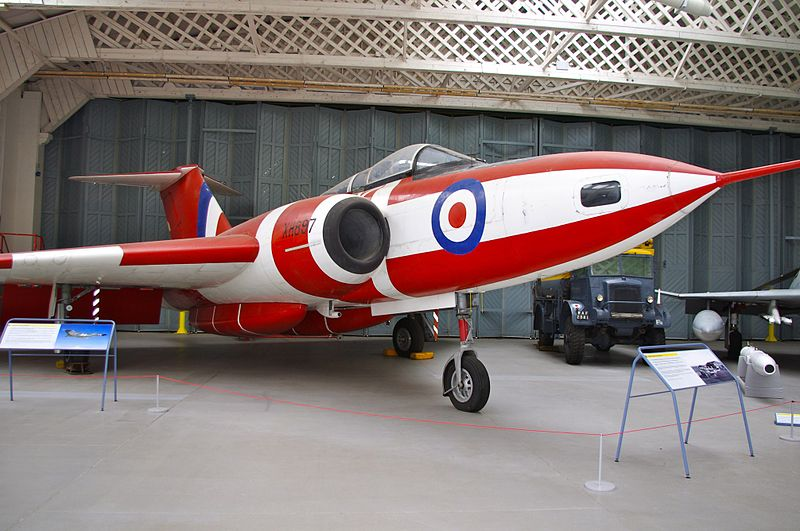 Gloster Javelin FAW.9 rouge et blanc