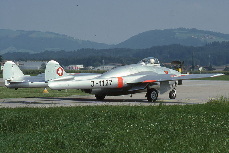 De Havilland DH-100 Vampire FB.6 suisse