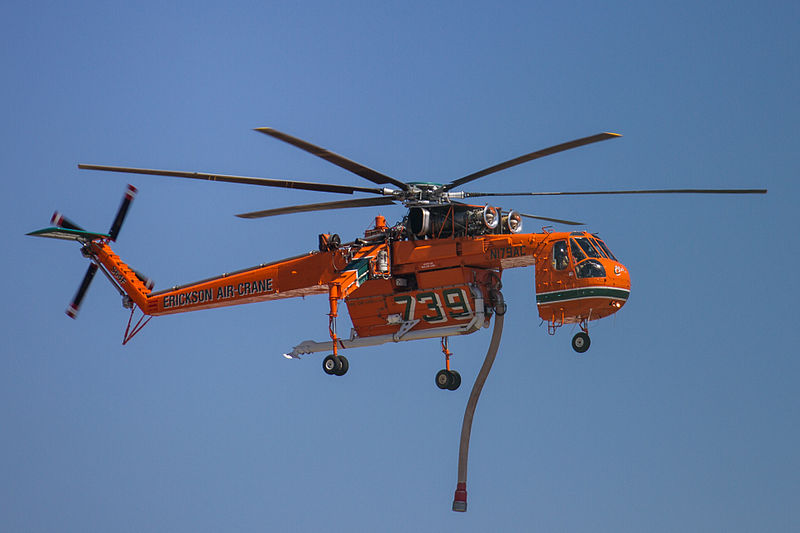 Sikorsky H-54 Tarhe (S-64E) civil en vol