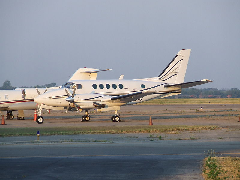 Beech B100 King Air civil