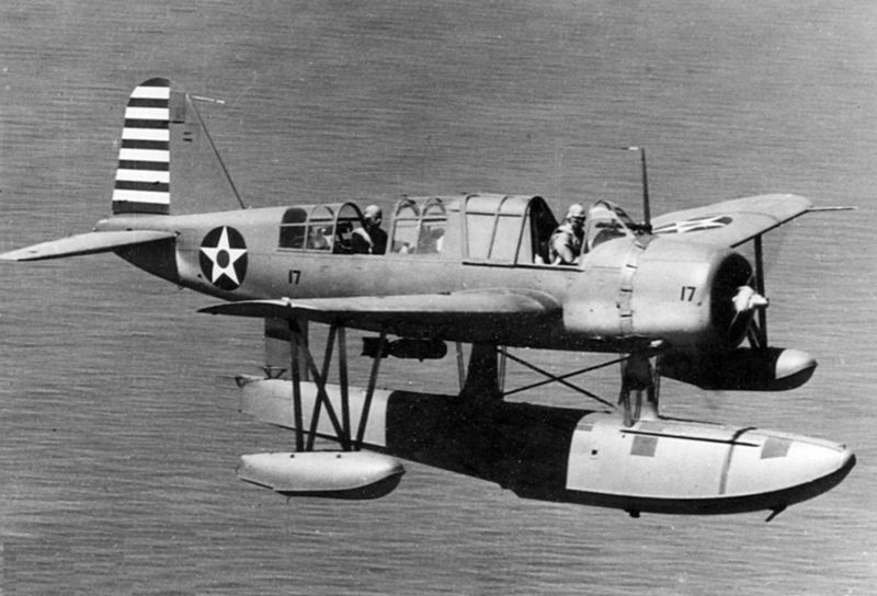 Vought OS2U-2 Kingfisher de l'US Navy en vol